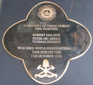 In memory of firefighters who lost their lives wall plaque