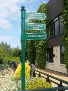 golf club outdoor directional sign